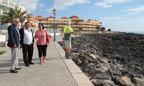 Rueda de prensa de AECA, Cabildo de Fuerteventura y Ayuntamiento de Antigua sobre próximos proyectos en Caleta de Fuste.